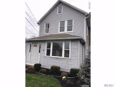 Pt.jefferson Sta Single Family Home For Sale: 201 Hallock Ave