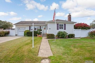 W. Babylon Single Family Home For Sale: 1443 14th St