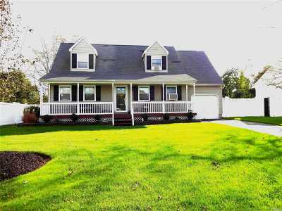 Manorville Rental For Rent: 76 Meadow Ct