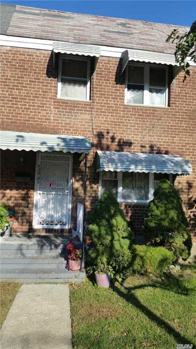 Queens Village, Briarwood, Bayside, Hillcrest, Jamaica Single Family Home For Sale: 116-31 167th St
