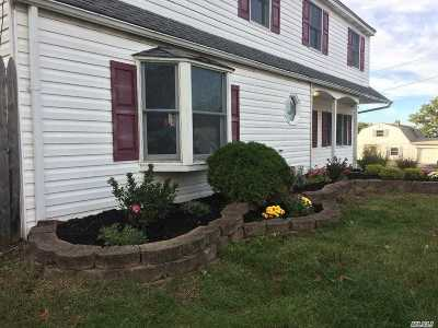 Selden Rental For Rent: 106 S Bicycle Path