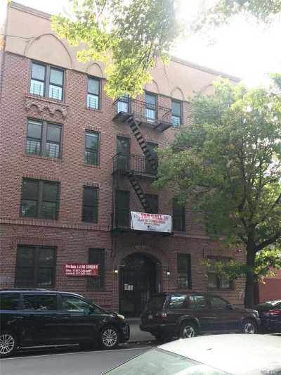 Flushing Condo/Townhouse For Sale: 132-30 Sanford Ave #2D