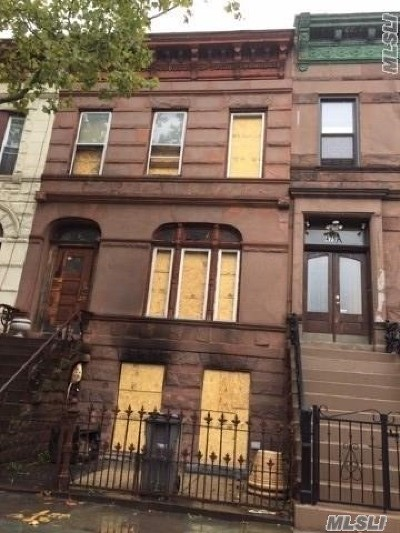 Brooklyn Multi Family Home For Sale: 479 Quincy St