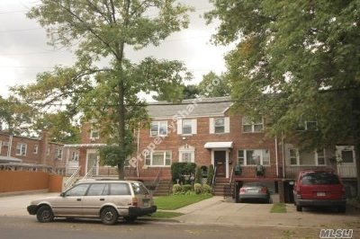 Flushing Single Family Home For Sale: 164-08 Jewel Ave