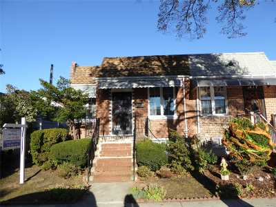 Middle Village Single Family Home For Sale: 64-15 73 Pl