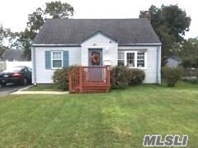 Central Islip  Single Family Home For Sale: 51 Storey Ave