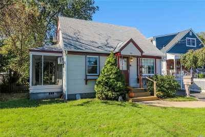 Copiague Single Family Home For Sale: 180 Baylawn Ave