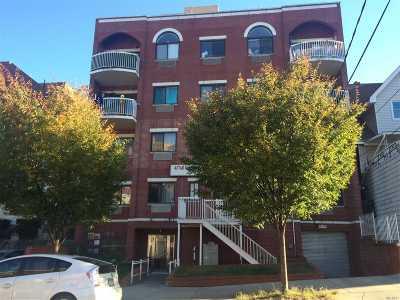 Corona Condo/Townhouse For Sale: 112-26 38 Ave #4A