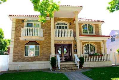 Bellerose, Glen Oaks Single Family Home For Sale: 242-14 83rd Ave