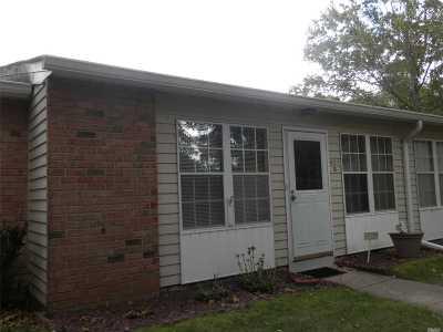 Ridge Condo/Townhouse For Sale: 421b Weymouth Ct #55+