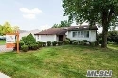 Roslyn Single Family Home For Sale: 189 Dogwood Rd
