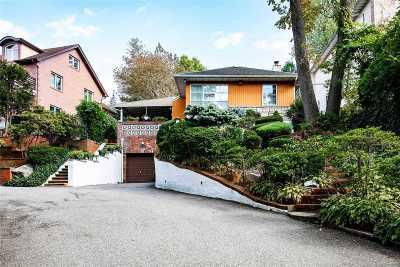 Douglaston Single Family Home For Sale: 71-51 Douglaston Pky