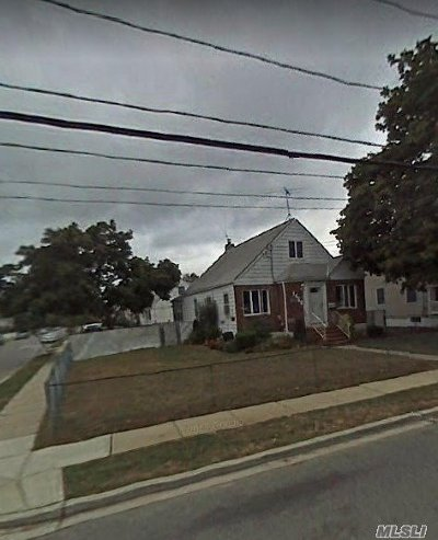 N. Bellmore Single Family Home For Sale: 1668 Little Neck Ave