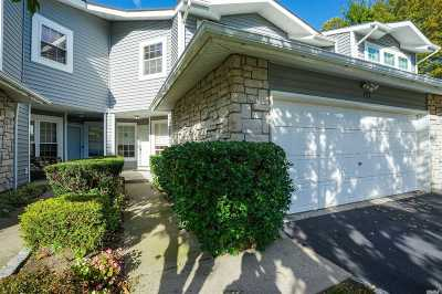 Holbrook Condo/Townhouse For Sale: 172 Colony Dr
