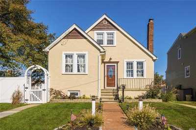 Massapequa Single Family Home For Sale: 49 Locust St