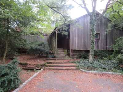 Old Westbury Single Family Home For Sale: 183 Old Westbury Rd