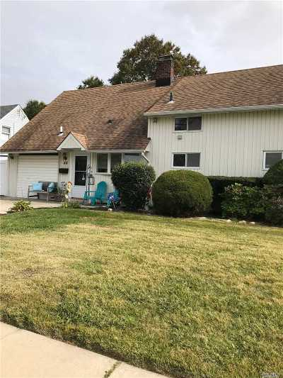 Levittown Single Family Home For Sale: 44 Bloomingdale Rd