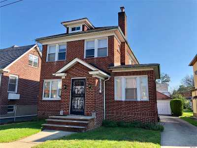 Bayside Single Family Home For Sale: 48-17 210th St
