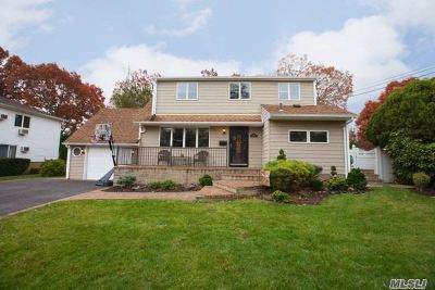 N. Massapequa Single Family Home For Sale: 123 North Dr