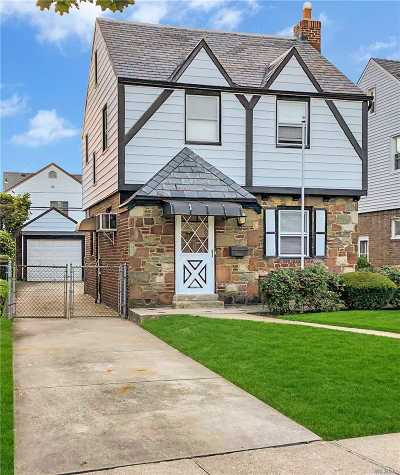 Bellerose, Glen Oaks Single Family Home For Sale: 86-06 249th St
