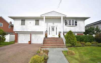 Lido Beach NY Single Family Home For Sale: $749,000