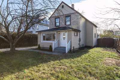 Central Islip  Single Family Home For Sale: 10 Brightside Ave