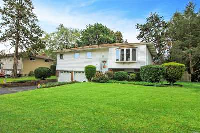 Smithtown Single Family Home For Sale: 8 Mulberry Dr