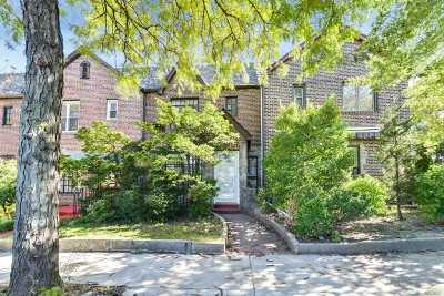 Forest Hills Single Family Home For Sale: 72-65 Yellowstone Blvd