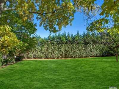 Douglaston Single Family Home For Sale: 57-03 246th Pl