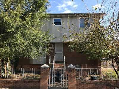 Jamaica Single Family Home For Sale: 107-29 172nd St