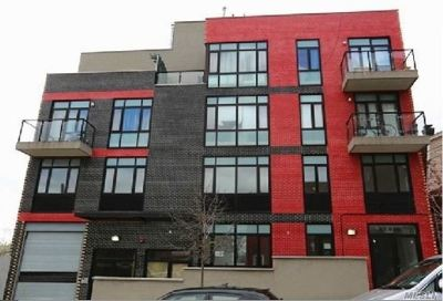 Elmhurst Condo/Townhouse For Sale: 8618 60th Rd #303