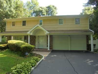 Dix Hills Single Family Home For Sale: 16 Colby Dr