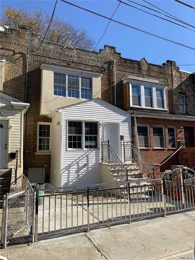 Ozone Park Single Family Home For Sale: 94-27 75th St