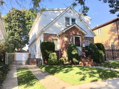 Fresh Meadows Single Family Home For Sale: 174-05 Pidgeon Meadow Rd