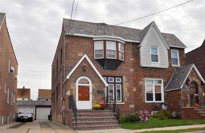 Floral Park Single Family Home For Sale: 9317 244th St
