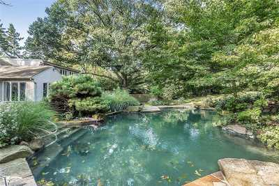 Roslyn Single Family Home For Sale: 60 Harbor Ln