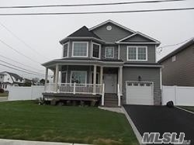 Bellmore Single Family Home For Sale: No # Claxton