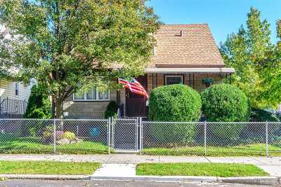 Flushing Single Family Home For Sale: 47-35 169th St