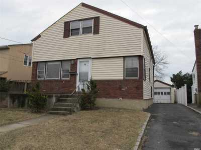 Oceanside Single Family Home For Sale: 383 W Windsor Pkwy