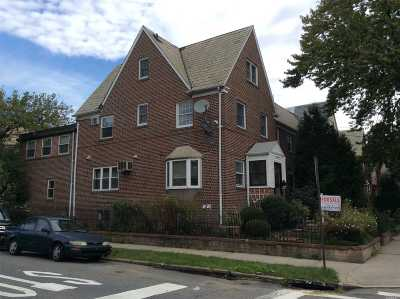 Woodside Single Family Home For Sale: 55-01 32 Ave