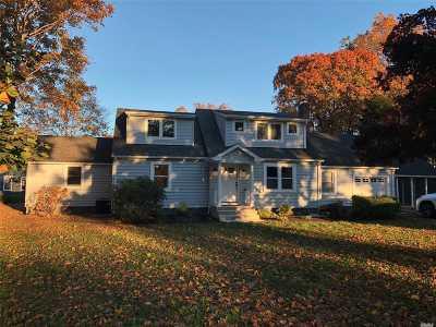 Oakdale Single Family Home For Sale: 215 W Shore Rd