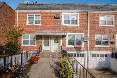 Floral Park Single Family Home For Sale: 86-37 256 St