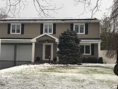 E. Northport Single Family Home For Sale: 22 Julia Ln