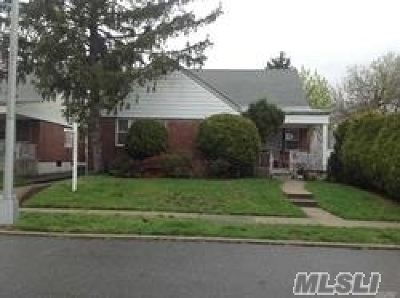 Fresh Meadows Single Family Home For Sale: 196-37 51st Ave