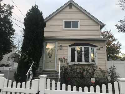 Roosevelt Single Family Home For Sale: 644 Brookside Ave