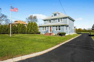 Cutchogue Single Family Home For Sale: 4200 Depot Ln