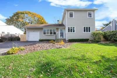 Commack Single Family Home For Sale: 9 Orchid Ln