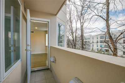 Great Neck Condo/Townhouse For Sale: 171 Great Neck Rd #2C