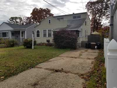 Wantagh Single Family Home For Sale: 3528 Locust Ave