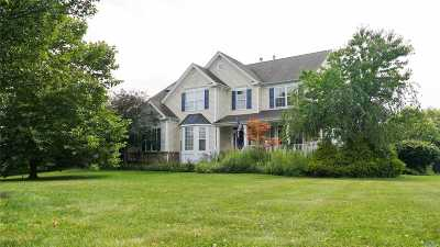 Wading River Single Family Home For Sale: 115 Maidstone Ln